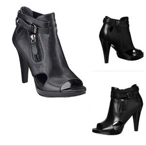 N I N E  W E S T  : :  Cut-out Heeled Bootie